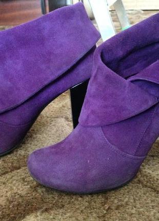 Великолепные ботинки stoalos
