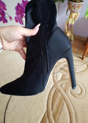 Шикарні чобітки