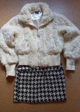 Модная меховая курточка