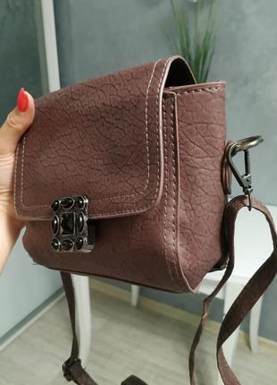 Красивая сумочка бордо