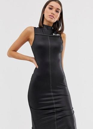 Очень эффектное платье puma оригинал под кожу