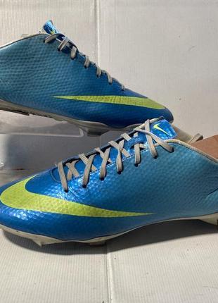 Nike спортивные футбольные бутсы