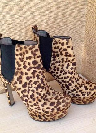 Ботинки демисезон на каблуке