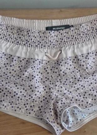 Короткие летние шорты blend she
