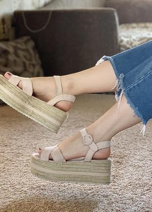 Босоножки сандали на плетёной подошве pull&bear