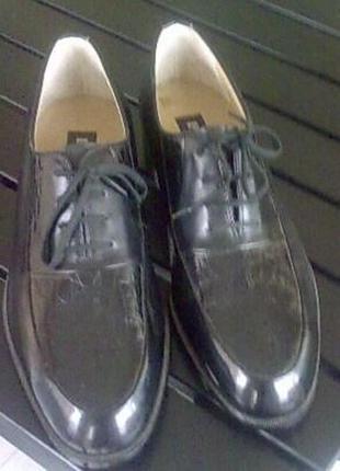 Туфли мужские черные pierre cardin 41- 42 новые