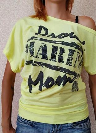 Летняя футболка на одно плечо