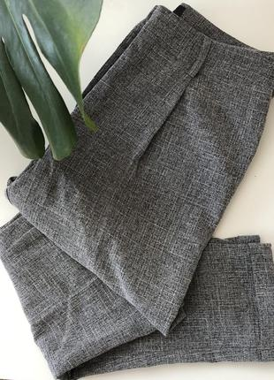 Очень лёгкие тонкие зауженные брюки размер 36 new look