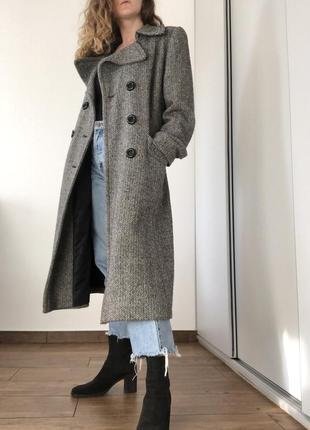 Пальто в гусину лапку
