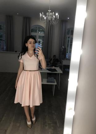 Пудровое платье nine