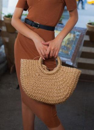 Летняя соломенная сумка