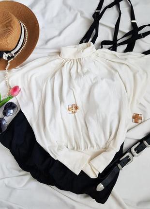 Базова молочна легка блуза oggi