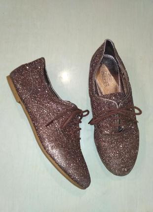 Marks &spencer блестящие туфли на шнурках