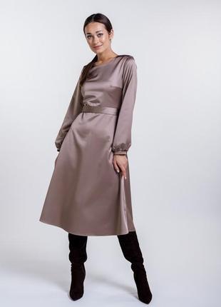 Платье-миди атласное нарядное