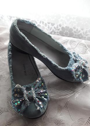 Джинсовые туфельки на девочку
