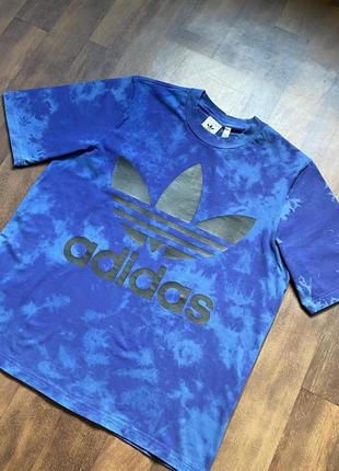 Оверсайзовая футболка adidas оригинал размер м оверсайз