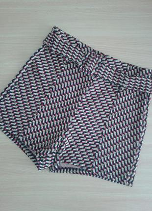Мягкие эластичные шорты на высокой посадке красивой пестрой расцветки, от bershka m/s