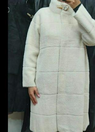 Пальто,альпака, люкс качество,размер универсальный.