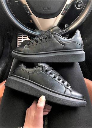 Alexander mcqueen black полностью черные женские кроссовки маквин кожа