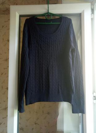 Легкий свитерок.