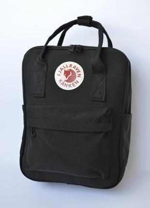 Рюкзак текстильный kanken среднего размера.