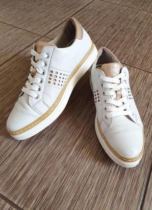 Крутые кожаные невесомые белые кроссовки bonita soft, германия
