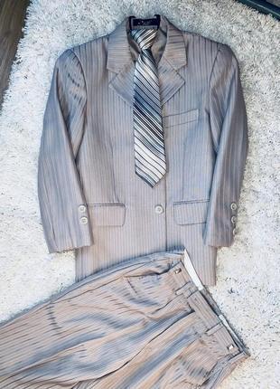 Модный деловой брючный костюм для школьника школьная форма