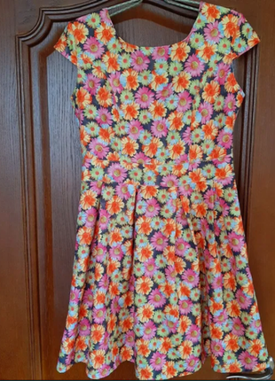 Летнее платье в цветочек, р. 46-48