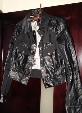 Продам шикарную итальянскую кожаную куртку