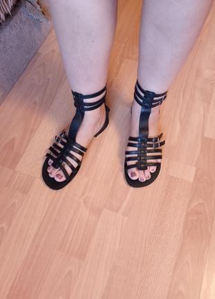 Англия,шикарные,красивые,кожаные сандалии,босоножки,сабо,шлепанцы,крокодилы