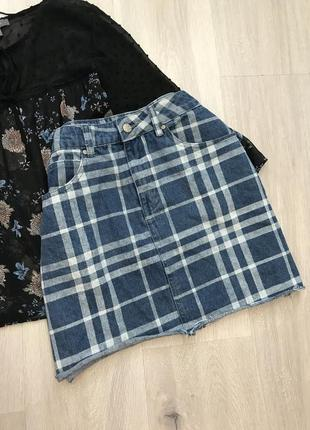 Новая стильная юбка джинсовая нова спідниця джинс в принт і необробленим низом s/m