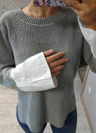 Красивый стильный тёплый приятный свитер рубашка