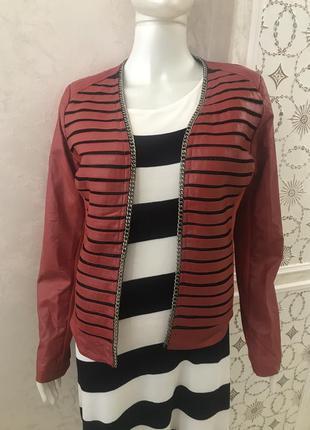 Красная куртка/пиджак кожзам с трикотажными вставками