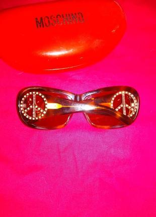 Moschino очки солнцезащитные