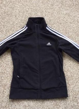Чёрная флисовая кофта adidas