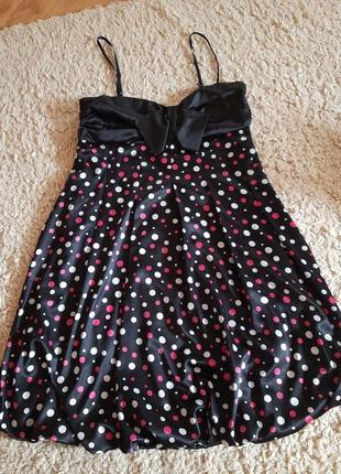 Платье на брительках в горошек