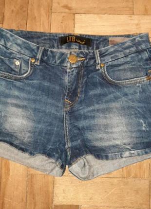 Шорты джинсовие