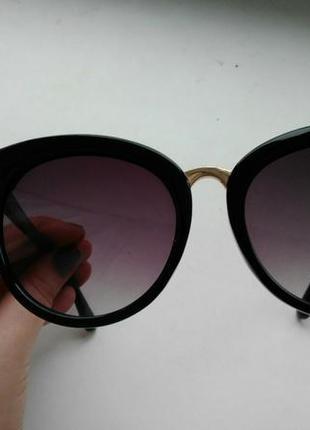 Солнцезащитные очки2