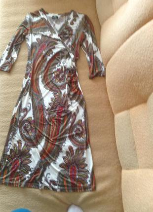 Красивое платье etro