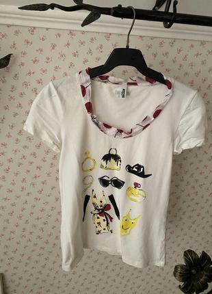 Стильная футболка moschino