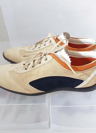 Tod's италия 38 женские кроссовки туфли бежевые удобные лёгкие