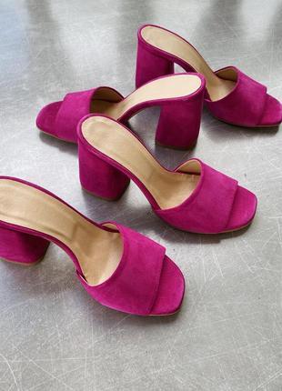 Крутые ярко розовые шлепанцы/ с квадратным носком