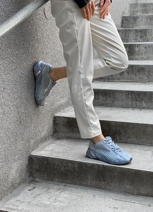 Супер кроссовки с рефлективными вставками