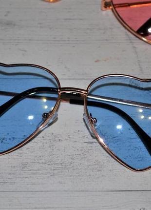 Солнцезащитные женские очки в форме сердца голубой