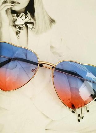 Солнцезащитные женские очки в форме сердца синий с розовым