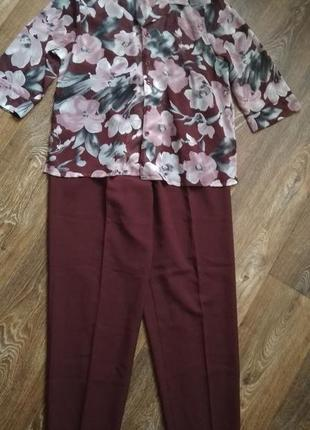 Шикарный костюм, цвет марсала, новый, размер 52