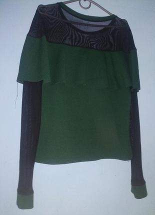 Кофточка свитер  с воланом
