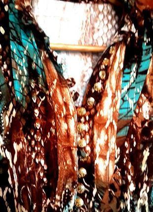 Стильное платье с ремнем