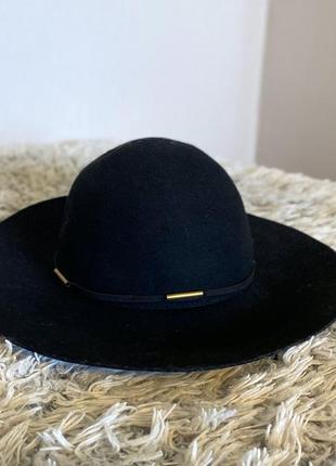Шляпа шерстяная reserved
