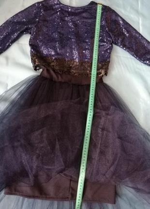 Нарядное платье на девочку на девочку от 7 до 10 лет